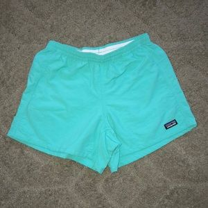 NWOT womens patagonia shorts size Xs